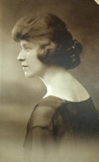 Jean Inglis circa 1919