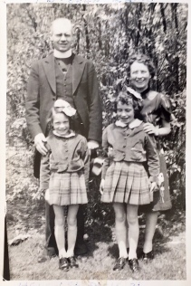 The Kaine Family 1940